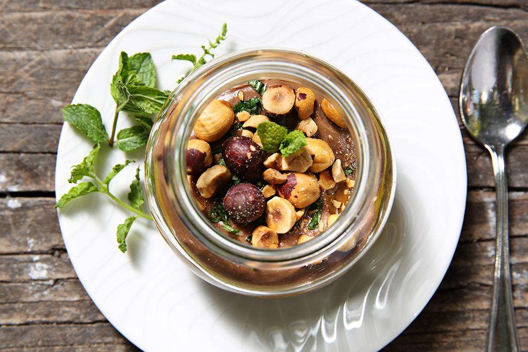 Mousse au chocolat végétale délicieuse par Nadia Sammut
